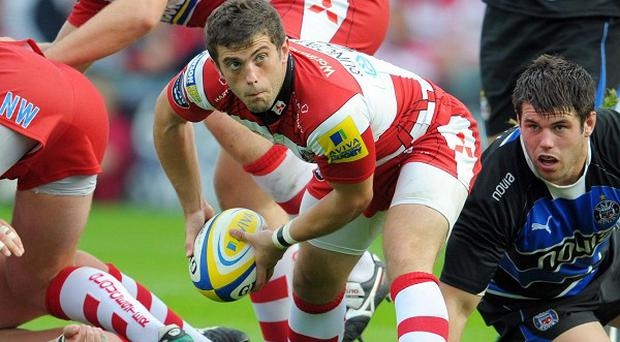 Nick Runciman, centre, has moved to London Welsh