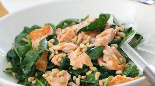 Warm salmon and spinach salad