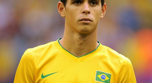 Oscar hopes the other South Americans at Chelsea can help him settle in
