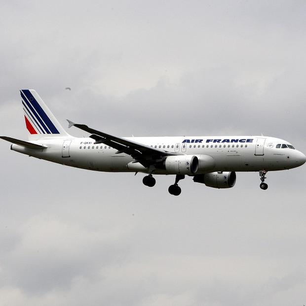 Air France-KLM has reported a net loss of about 730 million pounds in second quarter trading