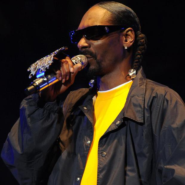 American rapper Snoop Dogg has been banned from entering Norway for two years after trying to enter the country with marijuana