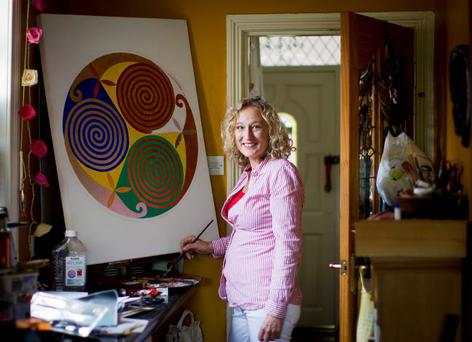 Artist Patricia Locker is putting on a fundraising evening in an attempt to raise the cash she needs for vital cancer treatment