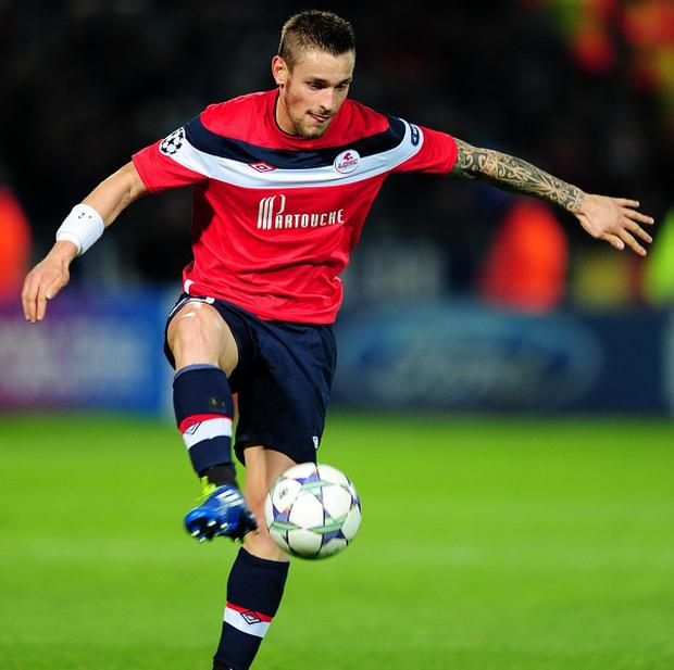 Mathieu Debuchy, pictured, is keen to join Newcastle, according to his France teammate Yohan Cabaye
