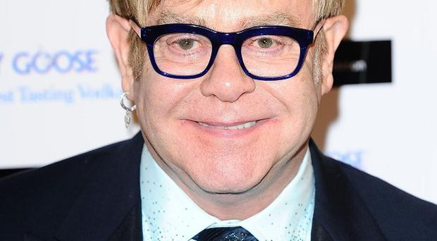 Sir Elton John has launched a new attack on Madonna