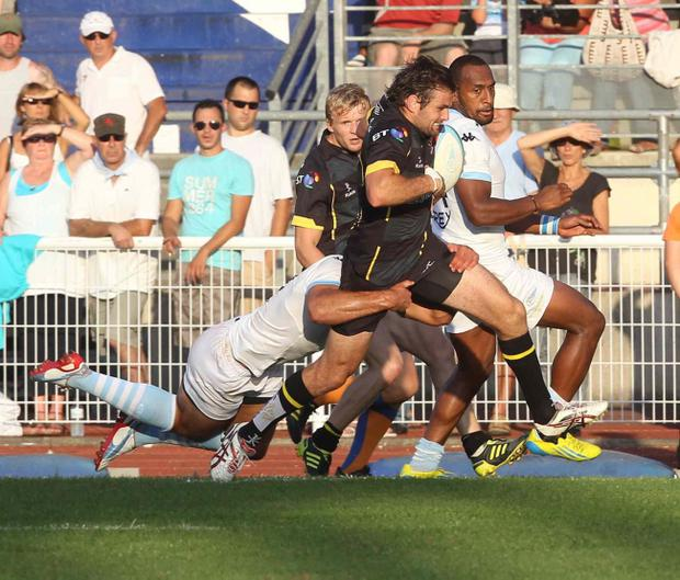 Jared Payne shows he has shaken off injury as he storms through in last weekend's game against Bayonne