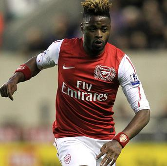 Alex Song has passed a medical at Barcelona