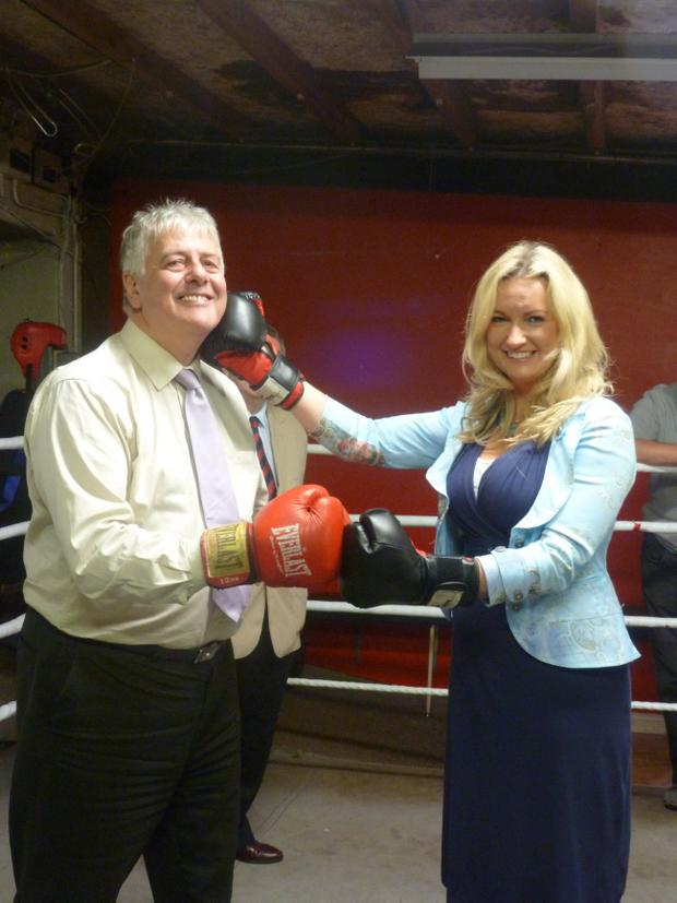 Politicians Jim Nicholson and Jo-Anne Dobson have stepped into the ring to seek funding for Banbridge Boxing Club