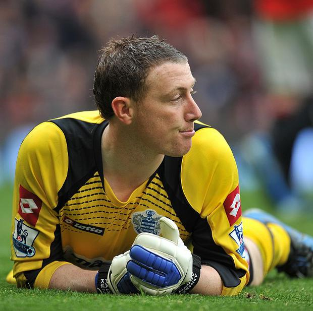 Paddy Kenny cancelled his seven-week contract at Bury