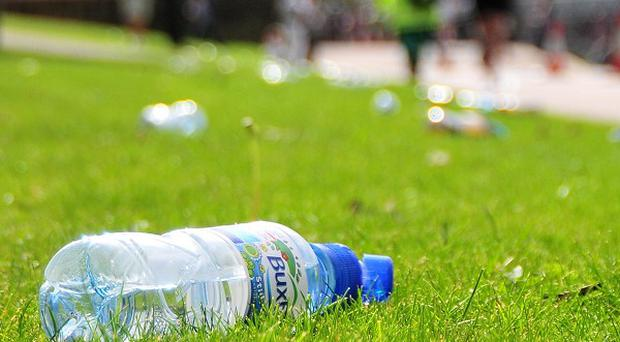 Belfast City Council is warning students to pick up litter or face a fine