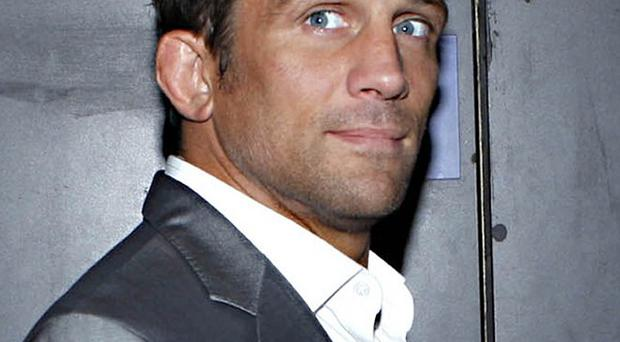 Alex Reid has asked Chantelle Houghton to keep their relationship issues private - in a video message on a magazine website