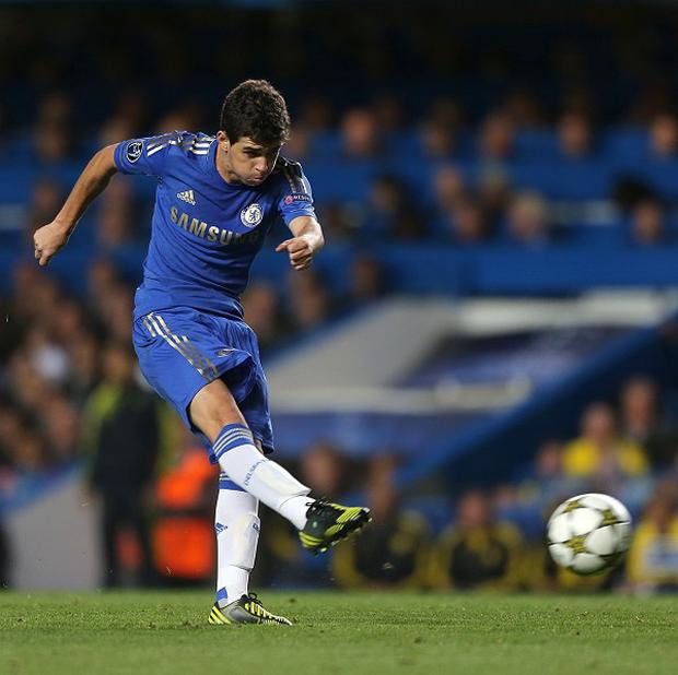 Petr Cech believes Oscar, pictured, has found his feet quickly at Stamford Bridge
