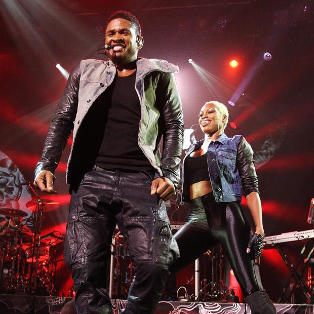 Usher has postponed his European tour until autumn 2013