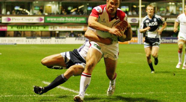 Ulster's Tommy Bowe scores his second try