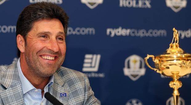 LONDON, ENGLAND - OCTOBER 02: Jose Maria Olazabal, the winning captain, addresses the media during The European Ryder Cup Press Conference at Heathrow Airport on October 2, 2012 in London, England. (Photo by Andrew Redington/Getty Images)