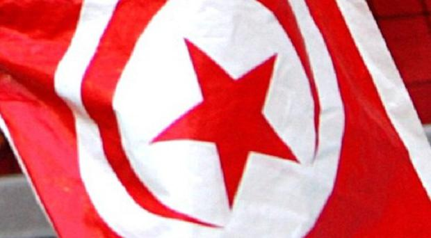 Police in the Tunisian town of Sidi Bouzid have clashed with groups protesting against economic conditions