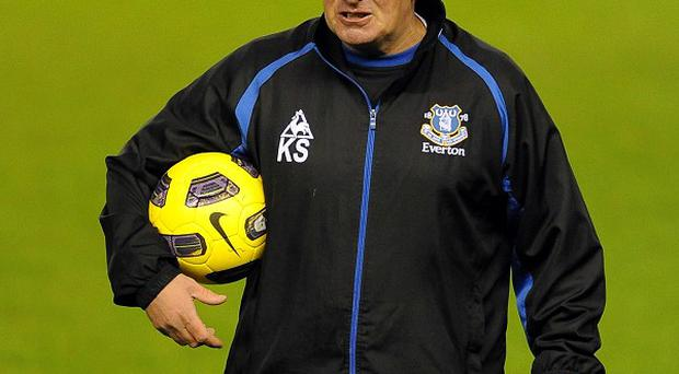 Kevin Sheedy has been given the all clear to return to work at Everton after fighting bowel cancer