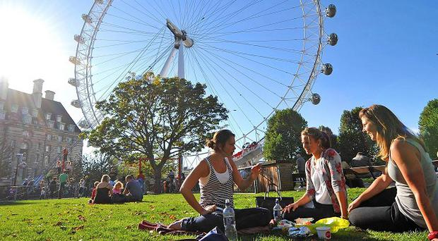 London will see a temporary warm spell before temperatures plunge later in the week