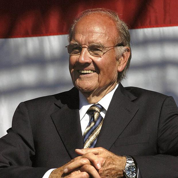 Former US Sen George McGovern passed away peacefully surrounded by family, aged 90 (AP)