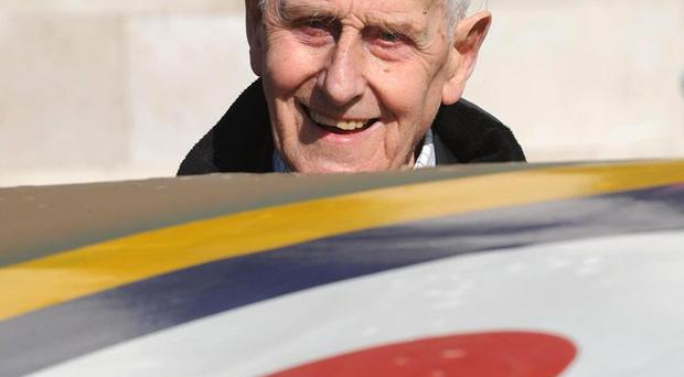 Former Battle of Britain pilot William Walker has died aged 99