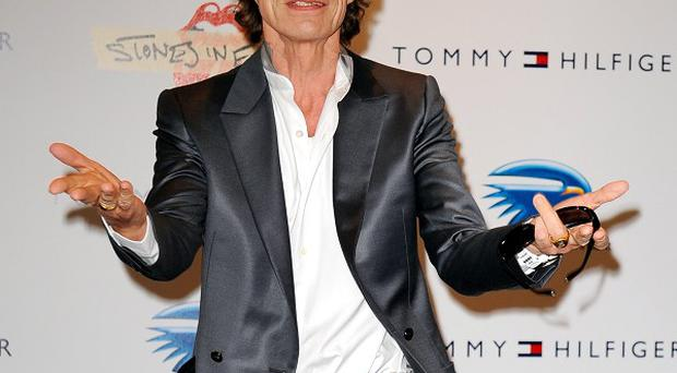 Sir Mick Jagger wil co-produce a James Brown biopic