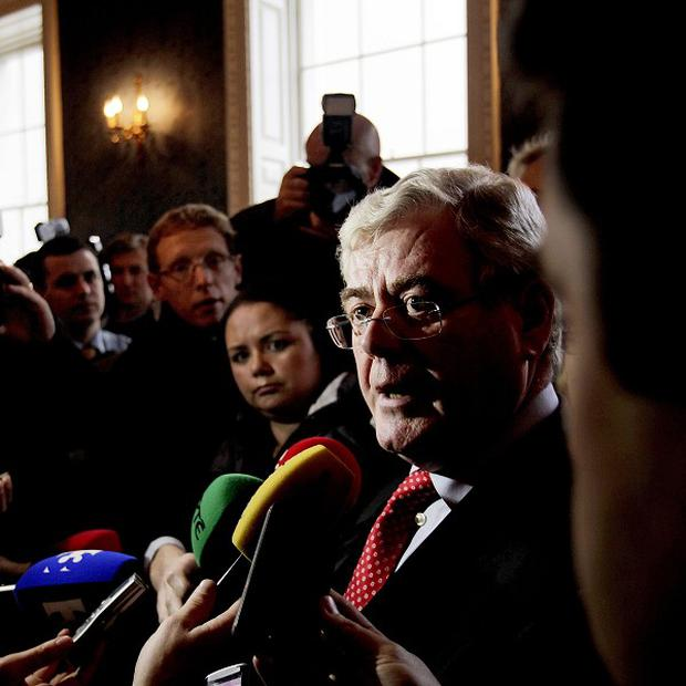 Eamon Gilmore has reiterated he has full confidence in the coalition and Health Minister James Reilly