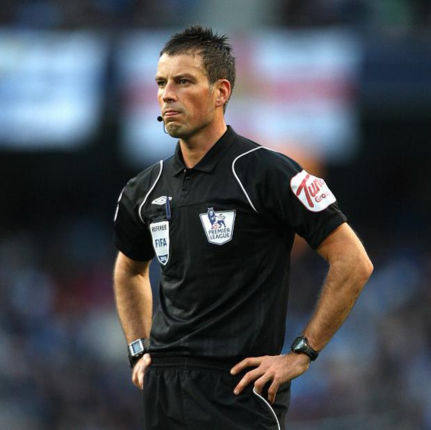 Mark Clattenburg has recevied backing from the referees' union over allegations made by Chelsea