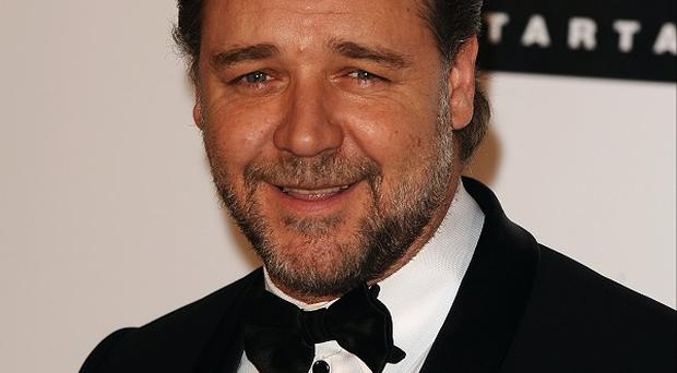 Russell Crowe's Noah movie is on hold because of a hurricane