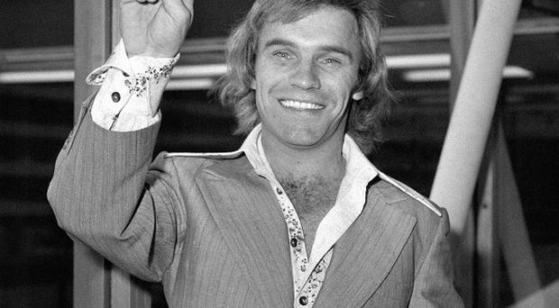 Freddie Starr has been released on bail after being questioned by detectives investigating Jimmy Savile abuse claims