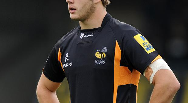 Joe Launchbury has signed a new deal keeping him at Wasps until at least the summer of 2015