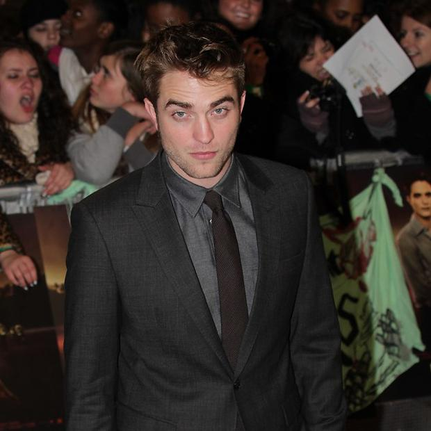 Robert Pattinson is rumoured to have rekindled his romance with Kristen Stewart