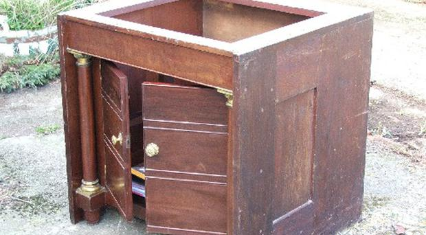 A chest from the Brittanic