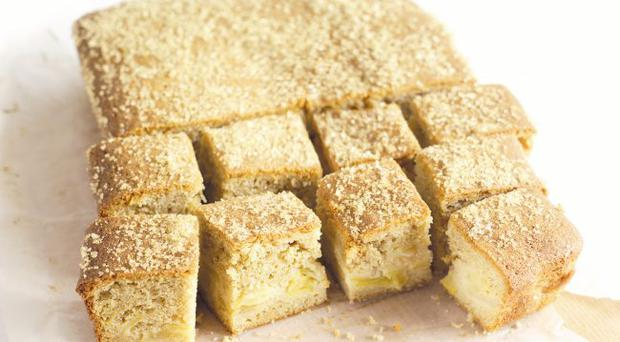 Cinnamon and bramley apple traybake