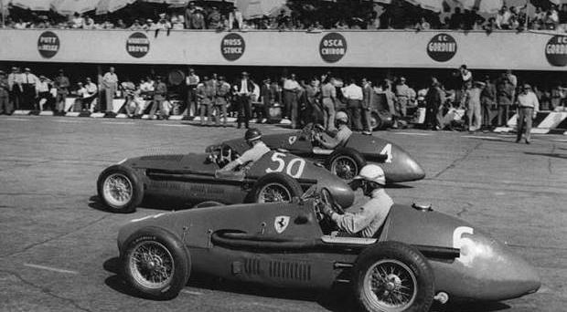Alberto Ascari v Juan Manuel Fangio, 1953 Two of the greats of Formula One. The pair dominated the first decade of the sport before Ascari tragically died racing at Monza in 1955 - both drivers still occupy the top two places in the race entry to race win table. One of their closest championship battles came in 1953. The championship consisted of just nine races and Alberto Ascari won five of them in a very powerful Ferrari. But after a poor start to the season that saw several retirements, a rise in Fangio's form as the season progressed and a few non-finishes from Ascari ensured a tight finish. When the penultimate race of the season arrived in Switzerland the Italian driver knew he could claim the title with a victory. It proved to be anything but easy, Ascari (car no. 4 in picture) trailed Fangio (car No. 50 in picture) but the Argentine was forced to retire. It seemed the title would go to the Ferrari driver before he begun to struggle with engine problems, dropping back to 4th. However, he dramatically forced his way back to the front of the grid to win his second title in a row by six points.