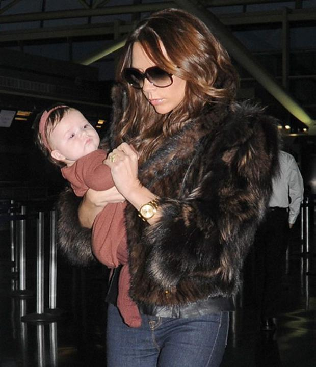 Super slim: Victoria Beckham and daughter Harper