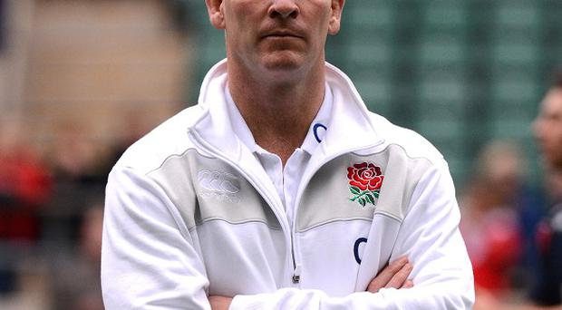 Stuart Lancaster has backed under-fire skipper Chris Robshaw