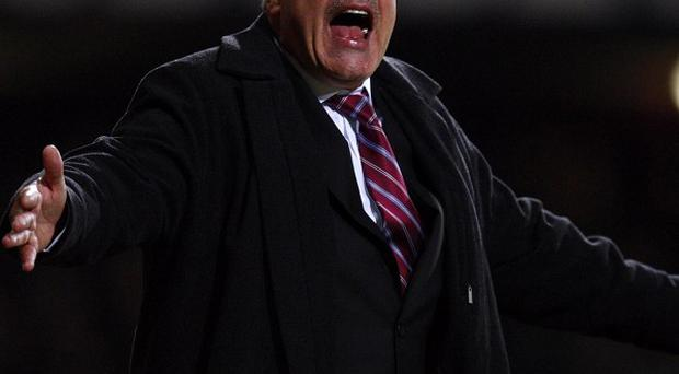 Sam Allardyce wants any fans who chant anti-Semitic abuse to be banned for life