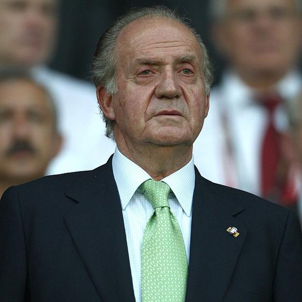 King Juan Carlos has been discharged from a hospital in Madrid nine days after entering to undergo reconstructive hip surgery