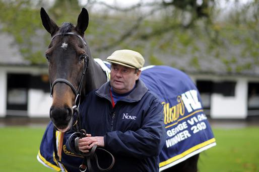Long run has been installed as the early favourite for victory at Kempton on Boxing Day