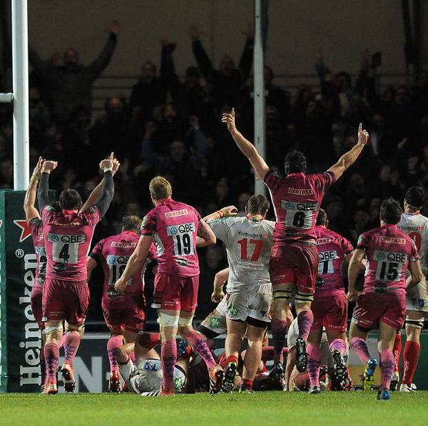 Exeter players celebrate James Scaysbrook's late try