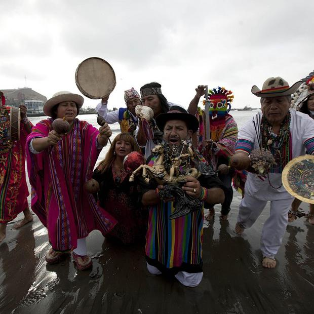 Peruvian shamans perform a ritual against the alleged 2012 apocalyptic Mayan prediction in Lima, Peru (AP/Martin Mejia)