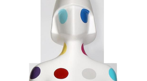 Damien Hirst has decorated the trophy for this year's Brit Awards