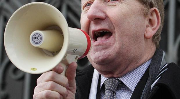Unite's Len McCluskey pledged to 'fight all the way to the next election'