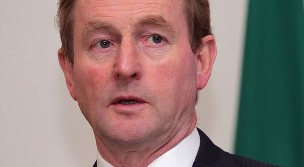 Taoiseach Enda Kenny said he did not 'contemplate defeat' over an Anglo Irish Bank debt deal