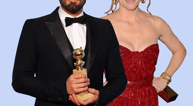 Ben Affleck with actress wife Jennifer Garner and his Golden Globe for Argo