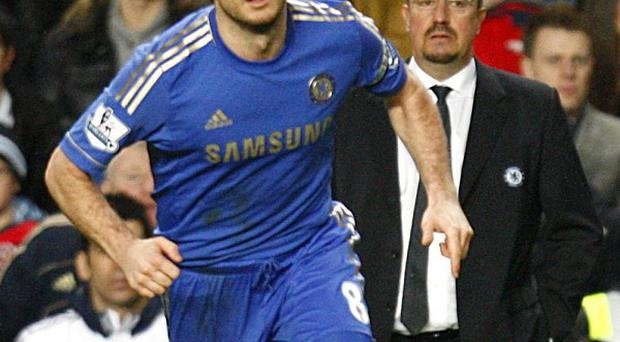 Blues boss Rafael Benitez, right, does not forsee a contract extension for Frank Lampard, left