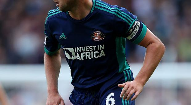 Lee Cattermole returned to action in Sunderland's FA Cup defeat by Bolton