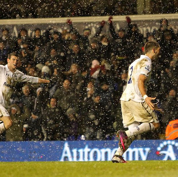 Clint Dempsey, right, grabbed a late equaliser at White Hart Lane