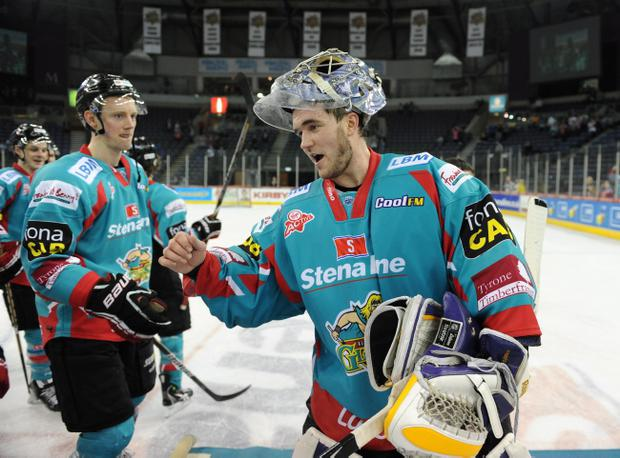 Garrett Zemlak was the hero for the Giants, the goaltender managing another shut-out, this time in the 2-0 win away to Coventry Blaze