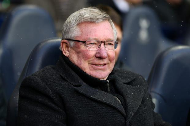 Sir Alex Ferguson criticised the linesman who missed the tackle on Wayne Rooney by Spurs defender Steven Caulker