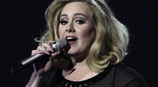 Adele will perform her hit Bond theme Skyfall at this year's Oscars